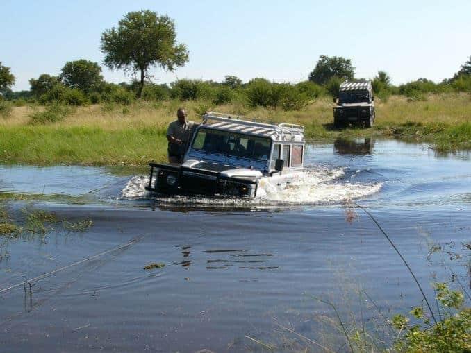 Okavango-Delta Tour mit Jeep